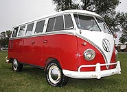 1961 VW 15-Window Deluxe Microbus