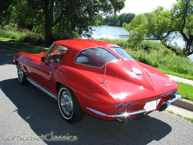 chevrolet corvette stingray auctions buy and sell findtarget auctions. Black Bedroom Furniture Sets. Home Design Ideas
