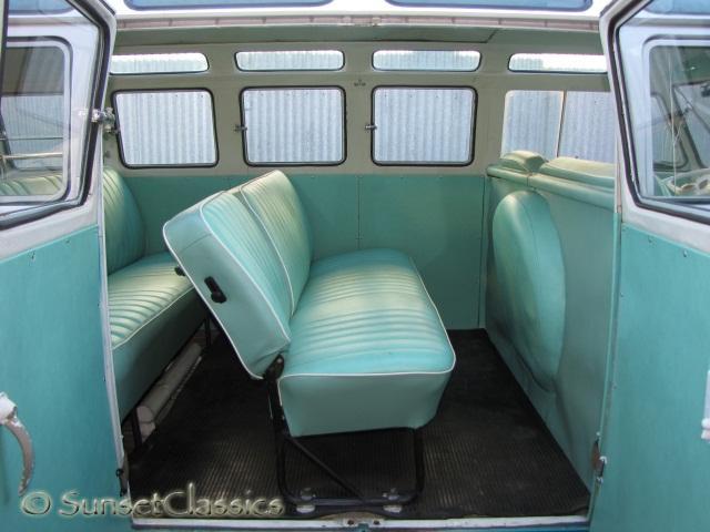 1965 VW 21-Window Bus Close-Up Gallery/1965-vw-21-window-samba-bus-035