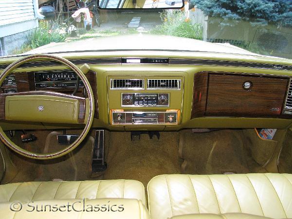 1977 Cadillac Sedan DeVille Close-Up Gallery/1977-cadillac-deville-576